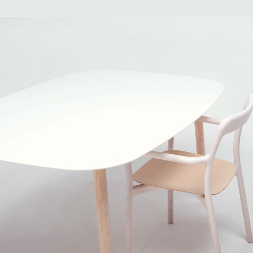 Branca table and chair